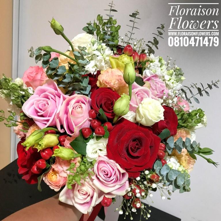 ช่อดอกไม้เปลือยก้าน Hot Love (L)