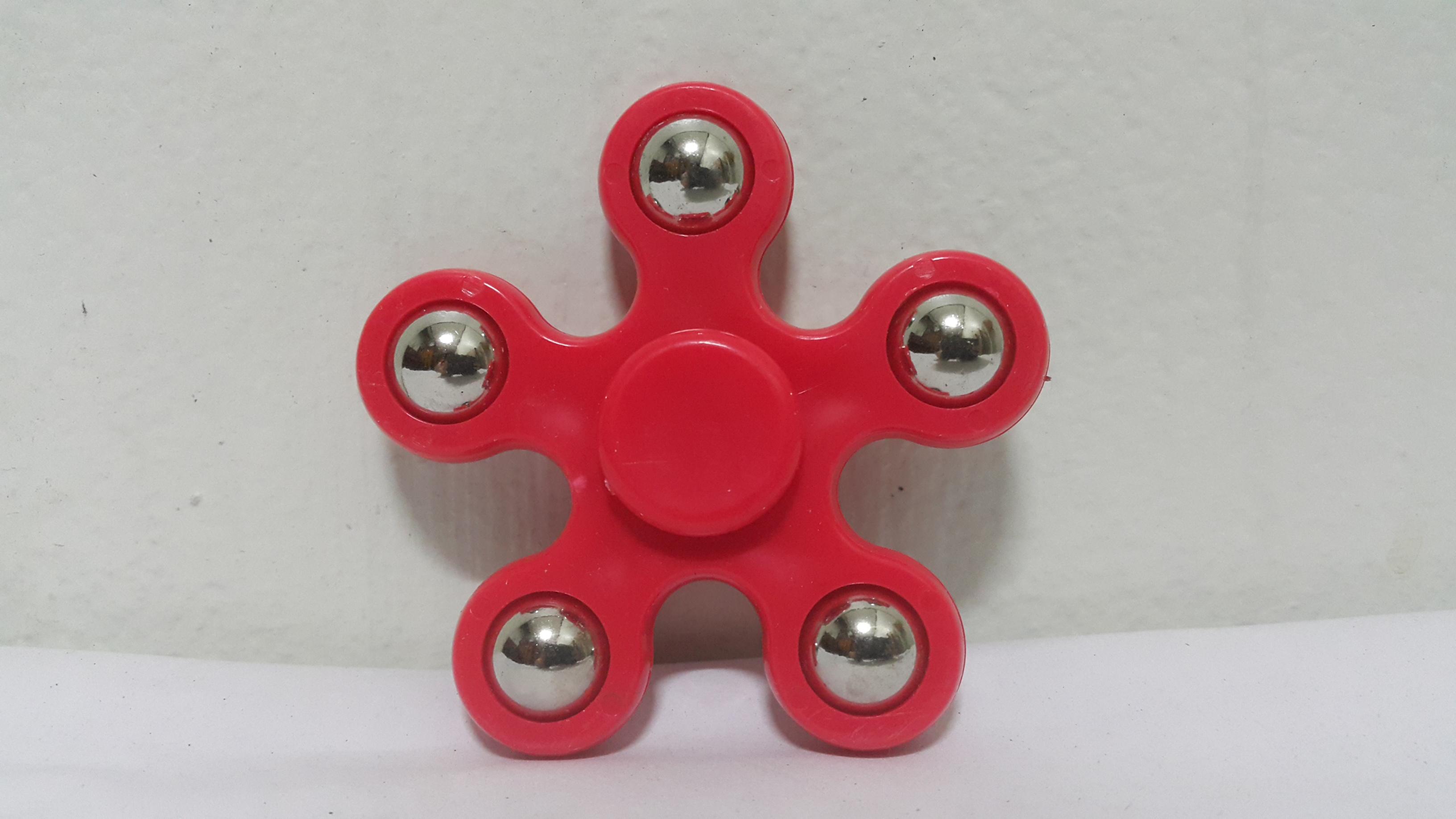 แฮนด์ สปินเนอร์ 5 แฉก (Hand Spinner) สีแดง
