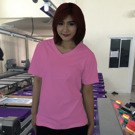 เสื้อยืดคอวี สีชมพูอ่อน รอบอก 36 นิ้ว เบอร์ M