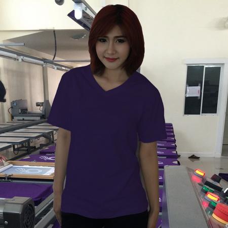 เสื้อยืดคอวี สีม่วงเข้ม รอบอก 36 นิ้ว เบอร์ M