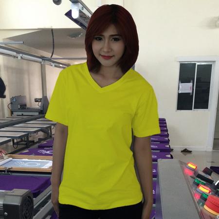 เสื้อยืดคอวี สีเหลือง รอบอก 40 นิ้ว เบอร์ L