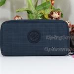 Kipling Uzaio Dazz True Blue เป็นกระเป๋าสตางค์ใบยาวแบบ 2 ซิปรอบ ขนาด 10 L x 18.5 H x 3.5 W cm