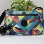 Kipling Callie Abstract Beauty กระเป๋าสะพาย ขนาด L10.5 x H7.5 x D 4.5 นิ้ว