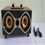 ลำโพงแบบพกพา wireless speakers series สีน้ำตาล