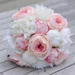 เลือกดอกไม้อย่างไรให้ถูกใจทั้งผู้ให้และผู้รับ