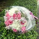 ช่อดอก กุหลาบสีชมพู - ไฮเดรนเยียสีขาว (M)