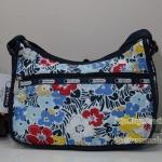 Lesportsac Classic Hobo Ocean Bloom Navy กระเป๋าสะพายขนาดกำลังเหมาะ ขนาด 9 x 12 x 5.25 นิ้ว