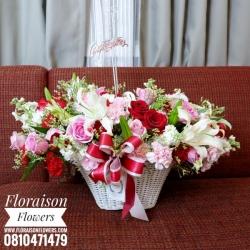 กระเช้าดอกไม้ โทนสี แดง ขาว (L)