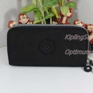 Kipling Uzario Black เป็นกระเป๋าสตางค์ใบยาวแบบ 2 ซิปรอบ ขนาด 10 L x 18.5 H x 3.5 W cm