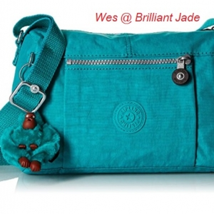Kipling Wes Brilliant Jade กระเป๋าสะพายใบเล็ก ค่อนไปกลางๆ ขนาด L9 x H 6.25 W 5.5 นิ้ว