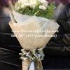 ช่อดอกไม้ The White Roses (M)
