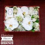 กล่องดอกไม้ วันเกิด ขาวแดง(M)